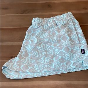 Patagonia Women's Shorts Aztec Fish Size XL